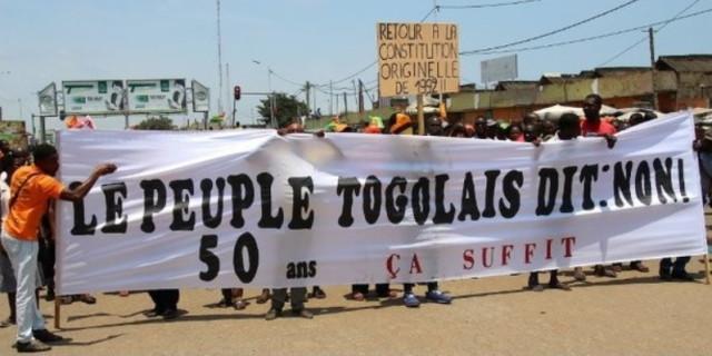 manif-le peuple Togolais dit non